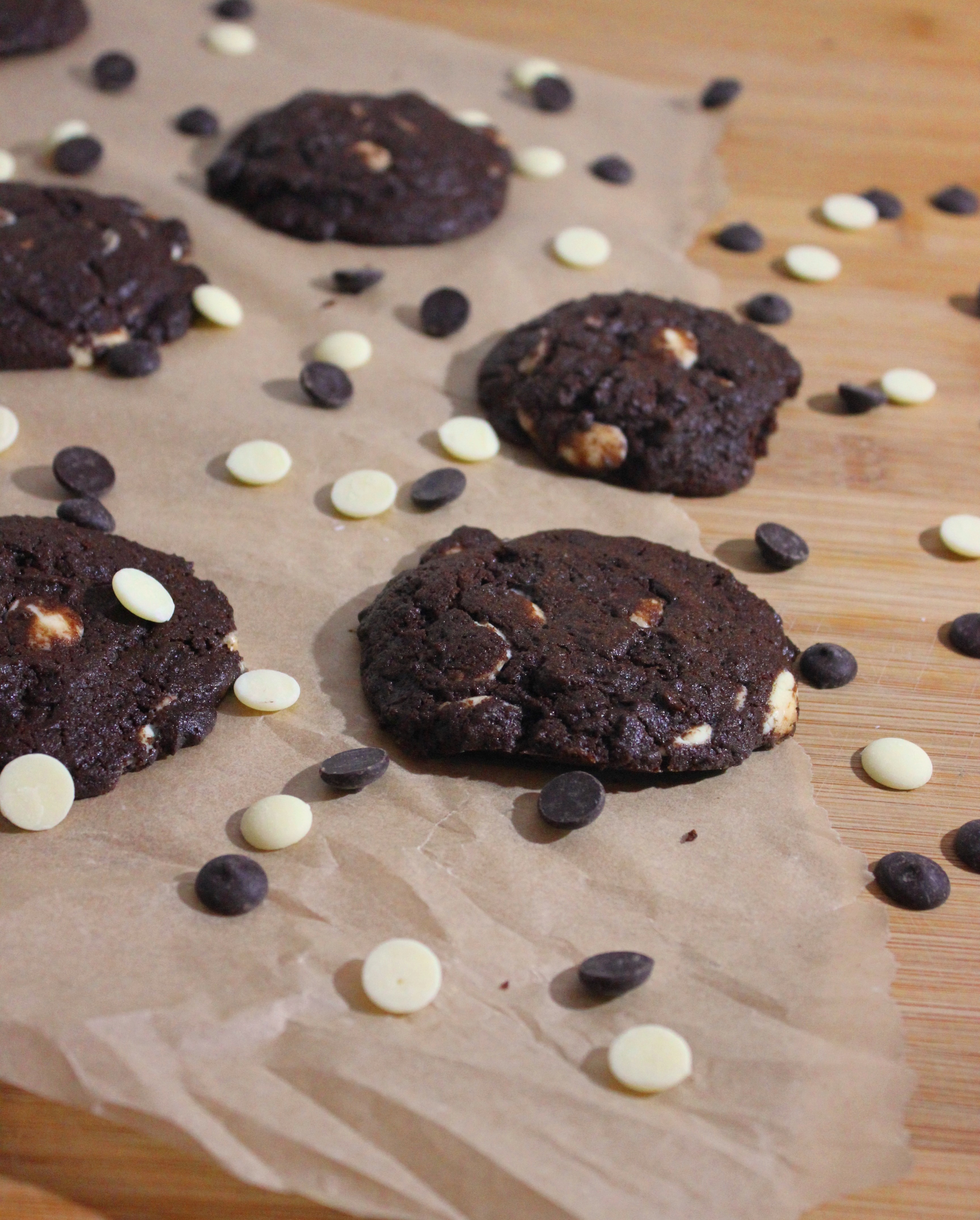 Copycat Recipe: Subway Cookies Double Chocolate Chip!