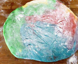 Regenboog donuts met marshmallow glazuur en discodip fullystuffedgeek - Kiezen werkoppervlak ...